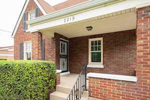 2219 Hawthorne Ave Louisville, KY 40205