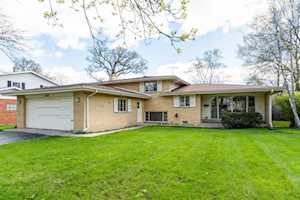 1203 Walden Ln Deerfield, IL 60015