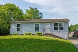 147 Old Farm Ln Carpentersville, IL 60110