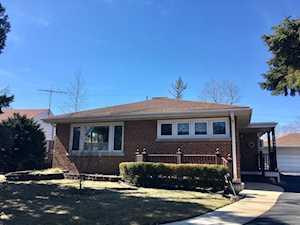 2144 Cedar Ct Glenview, IL 60025