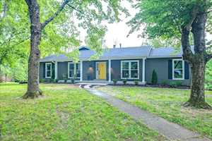 4109 Meadowland Dr Prospect, KY 40059