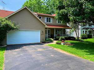 205 Crystal Lake Rd Lake In The Hills, IL 60156