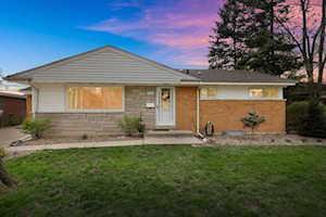 454 E Park Ave Elmhurst, IL 60126
