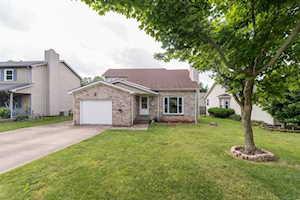 106 Applegrove Drive Nicholasville, KY 40356