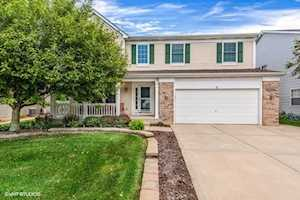 5 Thorndale Ct South Elgin, IL 60177