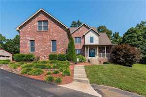 2739 Emerald Lake Dr Charlestown, IN 47111