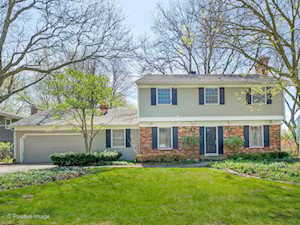 1231 Brookside Ln Downers Grove, IL 60515