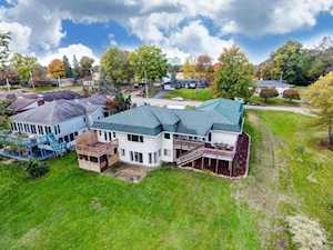 1502 Country Club Dr E Street Warsaw, IN 46580