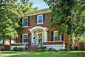 221 Pleasantview Ave Louisville, KY 40206
