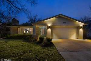 210 51st Place Western Springs, IL 60558