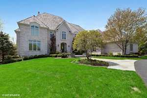 2200 Churchill Circle Libertyville, IL 60048