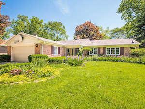 117 N E Regency Dr Arlington Heights, IL 60004