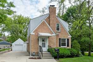 736 Old Trail Rd Highland Park, IL 60035