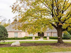 306 Ottawa Ln Oak Brook, IL 60523
