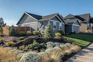 63194 Iner Loop Bend, OR 97701