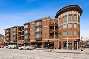 945 Burlington Ave #406 Downers Grove, IL 60515