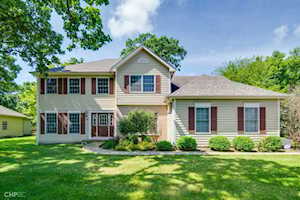 3407 Braberry Ln Crystal Lake, IL 60012