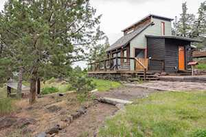 21057 Gift Road Bend, OR 97703