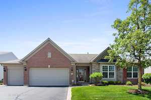 2479 Vista Trl Elgin, IL 60124