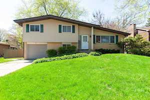 856 Firth Rd Mundelein, IL 60060
