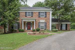 7005 Fox Valley Ct Prospect, KY 40059
