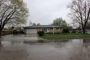 1537 Mildred Ave Elgin, IL 60123