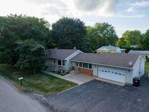 1372 Mulberry Ln Crystal Lake, IL 60014