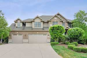 710 John Ct Lake Zurich, IL 60047