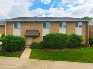 1710 Robin Walk #B Hoffman Estates, IL 60169