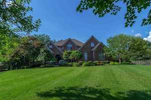 2200 Olmstead Court Lexington, KY 40513