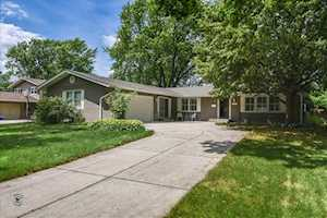 700 Ridgeview St Downers Grove, IL 60516