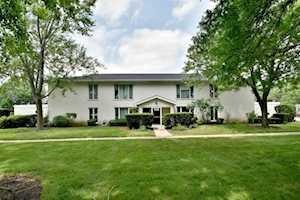1318 S New Wilke Rd #1A Arlington Heights, IL 60005