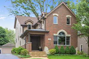 5229 Benton Ave Downers Grove, IL 60515