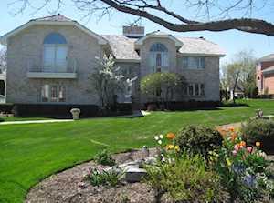152 Saint Francis Circle Oak Brook, IL 60523