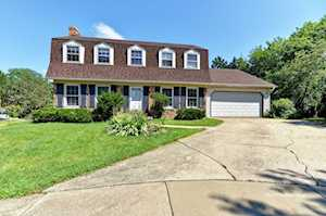 1241 Holly Ct Downers Grove, IL 60515