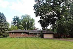 1219 Forest Dr Elgin, IL 60123