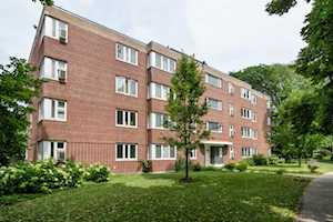 7212 Oak Ave #2SW River Forest, IL 60305