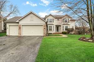2192 Avalon Dr Buffalo Grove, IL 60089