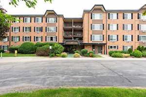 1116 S New Wilke Rd #RD301 Arlington Heights, IL 60005
