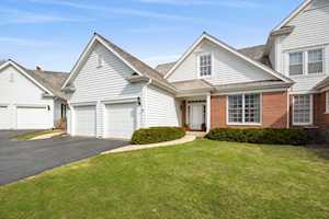422 Woodward Ct Lake Forest, IL 60045