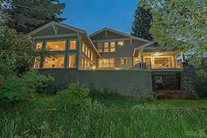 1422 1st Street Bend, OR 97703
