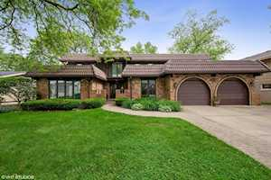 628 Courtland Circle Western Springs, IL 60558
