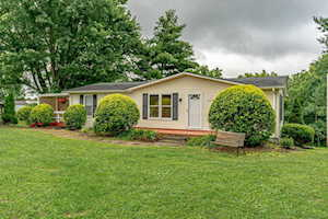 2323 Bardstown Trail Waddy, KY 40076