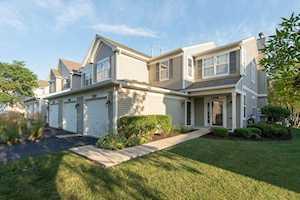 2570 Golf Ridge Circle #2570 Naperville, IL 60563