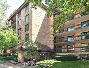 1671 Mission Hills Rd #202 Northbrook, IL 60062