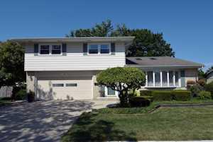 1726 N Stratford Rd Arlington Heights, IL 60004