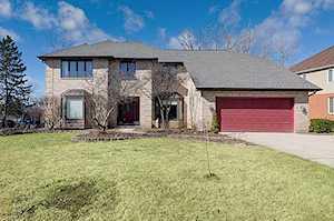 8472 Kimberly Ct Burr Ridge, IL 60527
