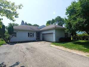 411 Everett Ave Crystal Lake, IL 60014