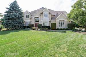 3111 Treesdale Ct Naperville, IL 60564