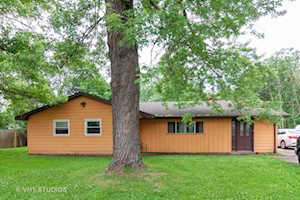 2653 Lawrence Ave Lockport, IL 60441